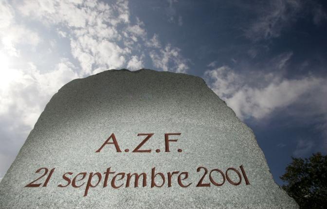 21 SEPTEMBRE 2001 – 10 H 18 – AZF TOULOUSE EXPLOSE