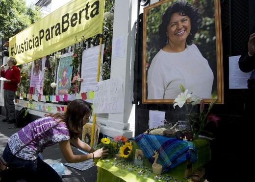 En souvenir de Berta Cáceres, assassinée un 3 mars 2016…
