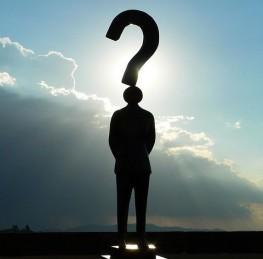 Voyance : les 10 questions les plus courantes